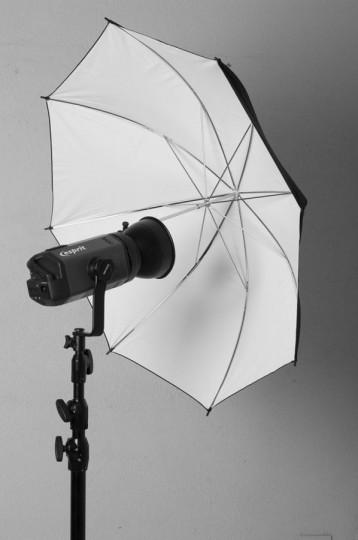 Iluminacion con paraguas - Cursos de fotografìa y video