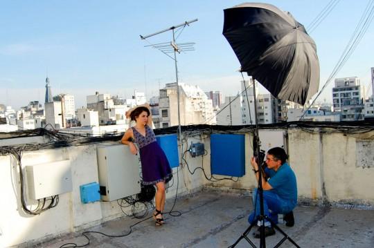 Iluminación en exteriores con paraguas - Cursos de fotografía y video digital