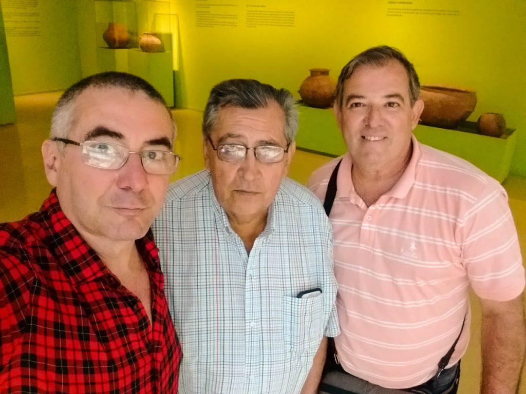 Los fotógrafos Alberto Rodriguez Garnier, Rodolfo Gigli y Mariano Molinari